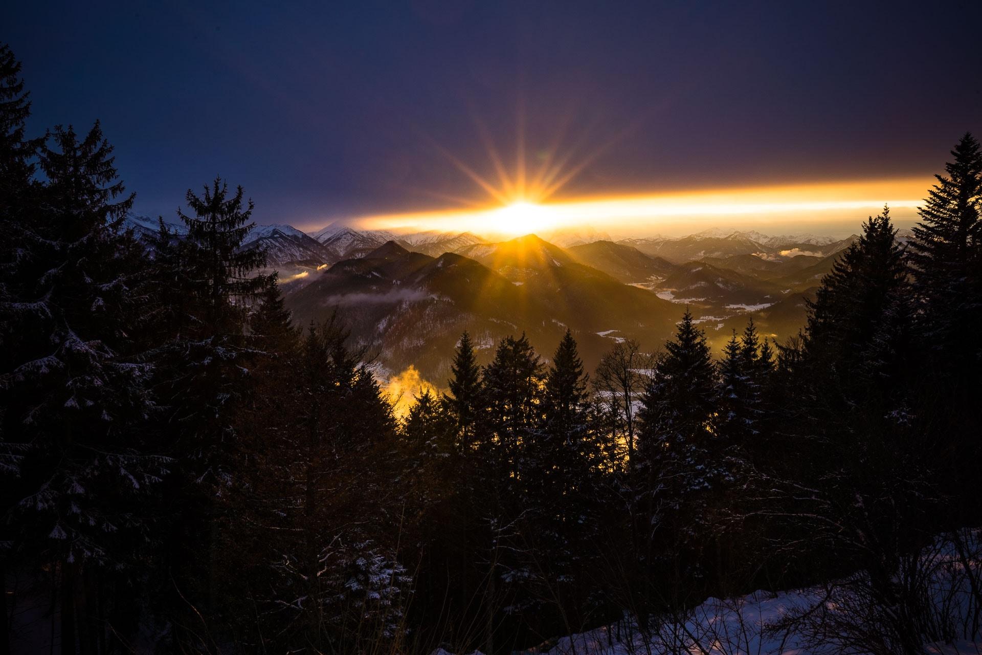 Sonnenuntergang an der Lenggrieser Hütte